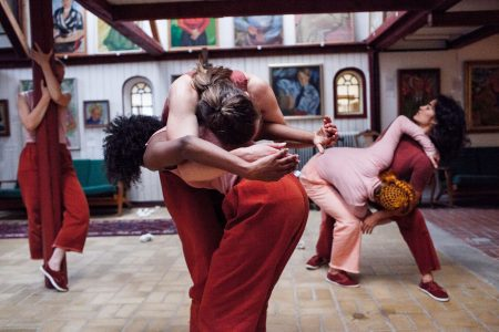 V Figurines – et danseværk om kvindefællesskab